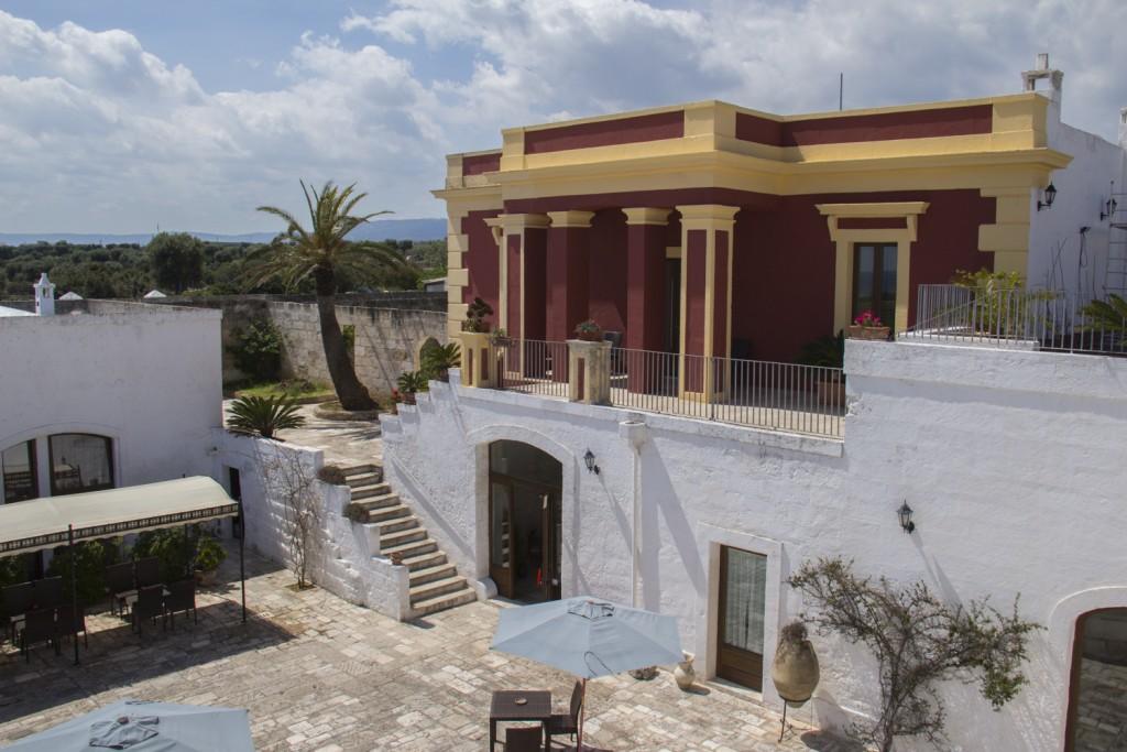 A masseria, Hotel Masseria Donnaloia, near Monopoli in Puglia, Italy